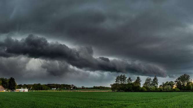 Opnieuw onstabiel weer: kans op onweer, stevige buien en af en toe een opklaring
