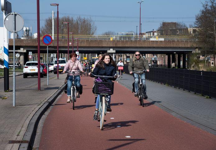 Deel van de fietssnelweg IJsselstein - Nieuwegein - Utrecht ter hoogte van de Doorslag (Foto Marnix Schmidt)