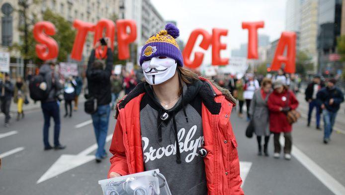 Wereldwijde demonstraties tegen de handelsverdragen TTIP en CETA, Warschau, Polen.