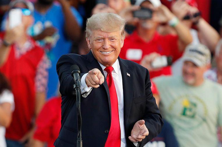 Voormalig president van de Verenigde Staten Donald Trump tijdens zijn speech in Wellington (Ohio). Beeld EPA
