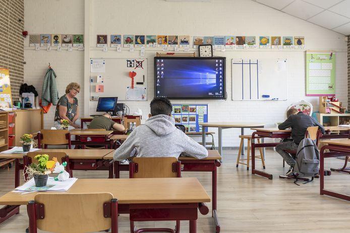 Basisschool De Welle ging in coronatijd speciaal open voor kinderen die thuis grote problemen hadden.