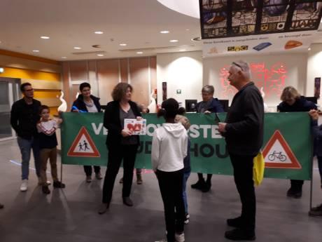 Petitie voor veiliger oversteek Goudse Houtsingel