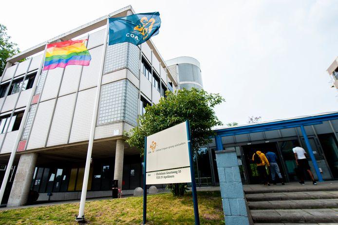 In de tijdelijke opvanglocatie voor asielzoekers aan de Christiaan Geurtsweg in Apeldoorn is corona geconstateerd.