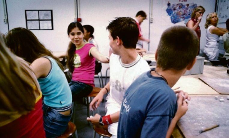 Door onbevoegden voor de klas te zetten, zou de kwaliteit van het ondwerwijs dalen. (FOTO WERRY CRONE, TROUW) Beeld Trouw