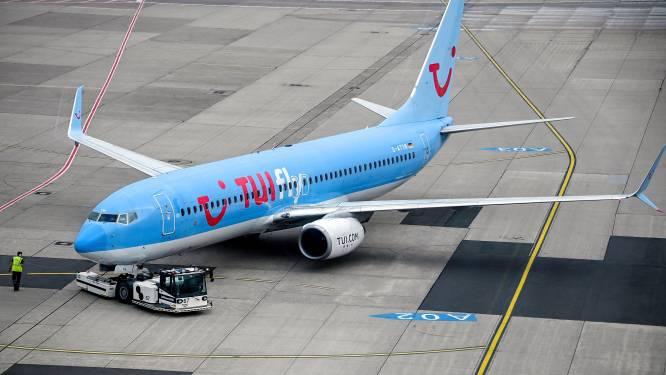Oproer op vliegtuig TUI nadat het met uren vertraging vertrekt en dan plots in Parijs landt en niet in Brussel: passagiers weigeren uit te stappen