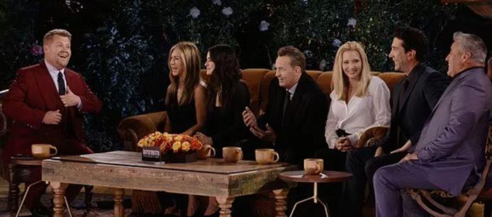 James Corden presenteerde de 'Friends'-reünie.