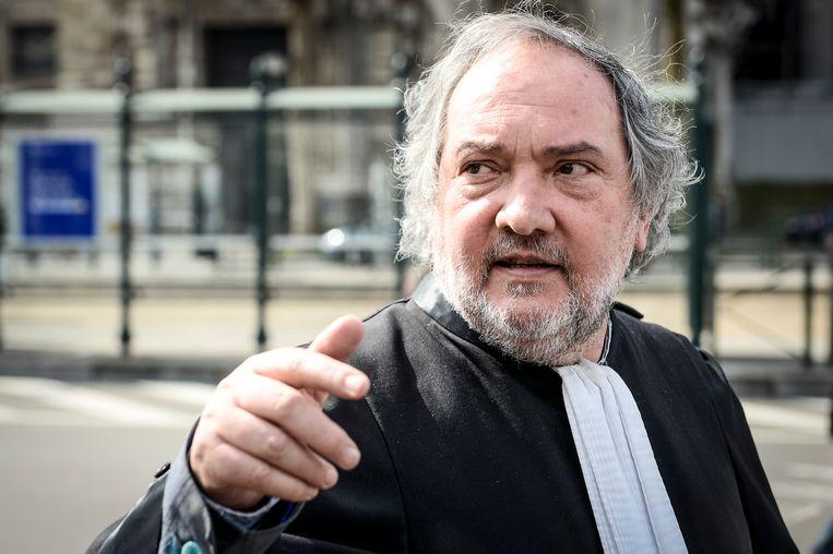 Onbekenden ontvreemden dinsdag een laptop en twee dossiers uit het kantoor van meester Vincent Lurquin.