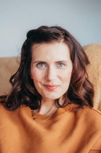 """COLUMN. Lara Switten (34), mama van 3 die strijdt tegen kanker: """"Ik ben zo bang"""""""