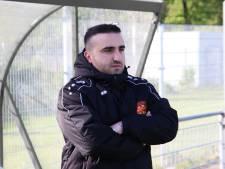 Andreas David langer trainer van FC Aramea