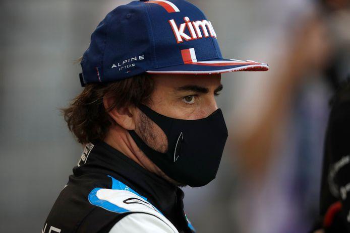 Alonso druipt af.