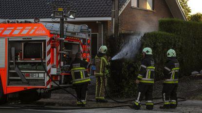Honderdtal gezinnen zonder tv nadat kabel doorbrandt bij brand haag