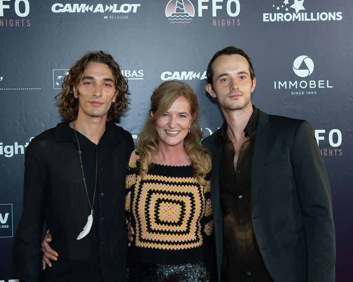 Chantal, Jolan en Xander, de vrouw en zonen van Koen De Bouw