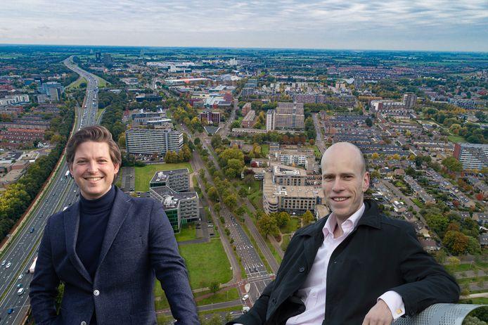 Over negen jaar moeten er 10.000 extra woningen in Zwolle staan, zoals hier aan de Zwartewaterallee. Maar dat is niet genoeg, vinden Thom van Campen en Daniel Koerhuis.