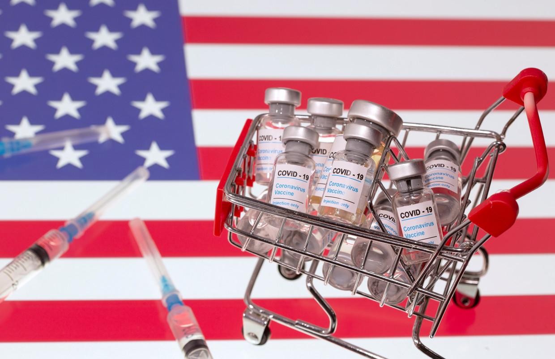 Als alle geclaimde dosissen worden geleverd, kunnen de VS hun bevolking vier keer vaccineren. Voor de Europese Unie is dat twee keer, voor Canada zes keer. Veel arme landen zullen nauwelijks in staat zijn hooguit 20 procent van hun bevolking te vaccineren in 2021. Beeld REUTERS