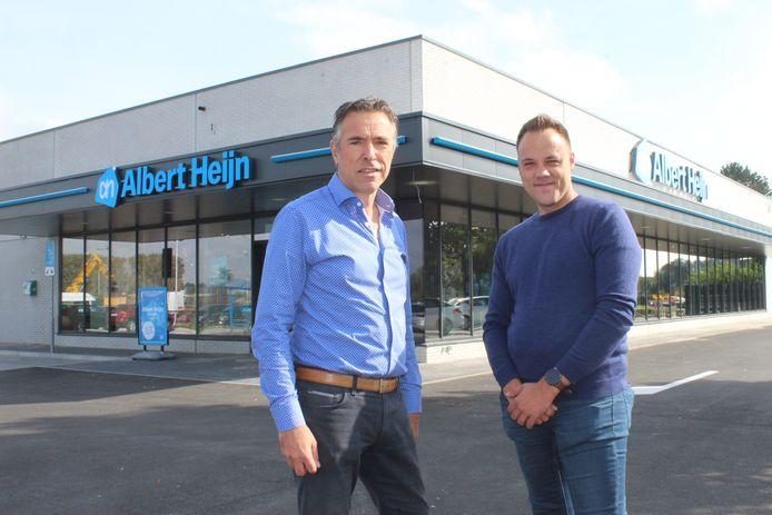 Vader Barend en zoon Nick Rogmans voor de nieuwe Albert Heijn in Maldegem.
