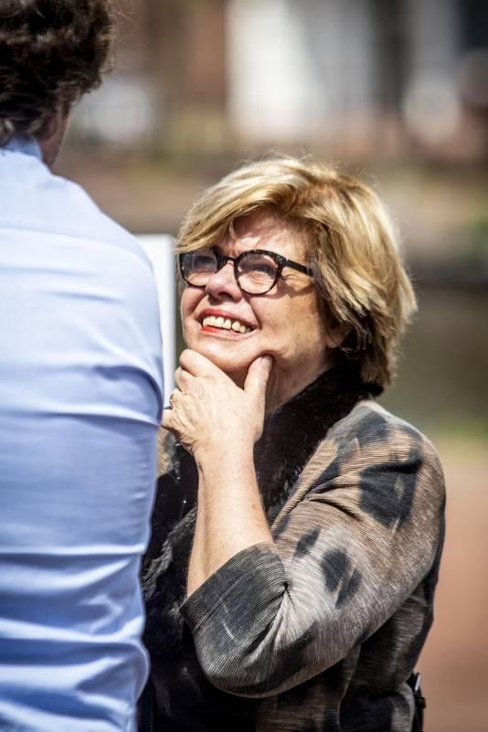 Brigitte van Egten was Sanderinks vriendin. Nu beschuldigt Sanderink haar, zonder enig bewijs, van fraude.