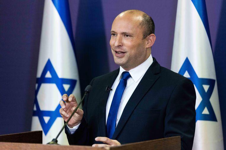 De extreemrechtse Bennett, die voorstander is van verregaande kolonisatie van de Westelijke Jordaanoever, ligt veel meer op een lijn met Netanyahu dan met de centrumlinkse Lapid. Beeld EPA