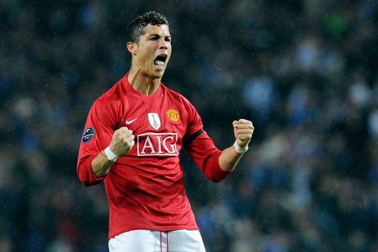 Ronaldo in het shirt van Man U, in de kwartfinale van de Champions League tegen Porto, april 2009. Beeld AP