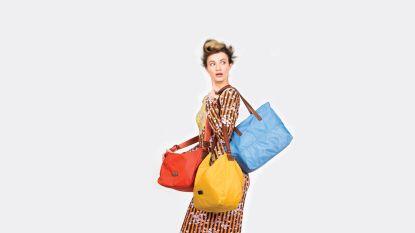Deze handtassen zijn onmisbaar voor de zomer en je scoort ze nu met flinke korting