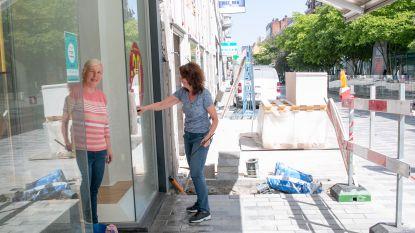 """""""Extra politiepatrouilles en stadswachten in winkelstraten, maar ook ludieke noot brengen met acteurs"""": stadscentrum maakt zich klaar voor heropening winkels"""