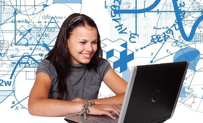 Aartselaarse scholen krijgen subsidies voor digitale infrastructuur en ICT-tostellen.