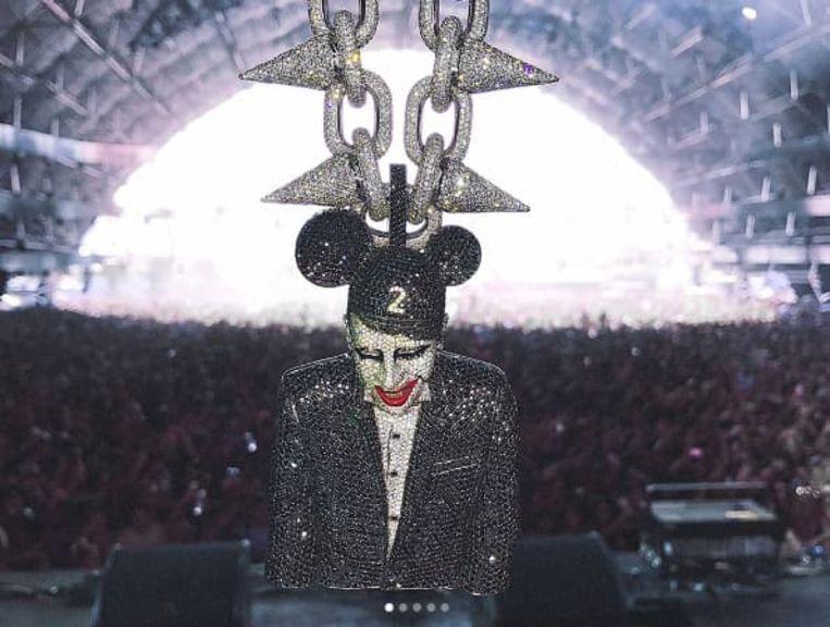 Marilyn Manson ketting Beeld Instagram