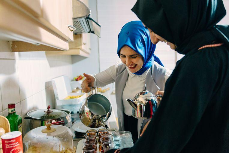Iftar tijdens de Ramadan. Beeld Illias Teirlinck