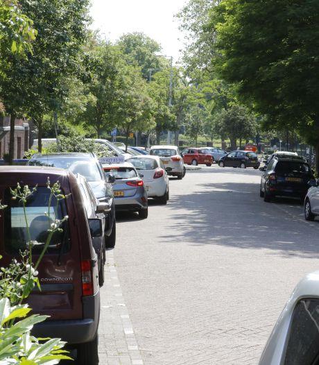 Betalen voor parkeren auto in Schiedam-Zuid is 'nog geen uitgemaakte zaak'