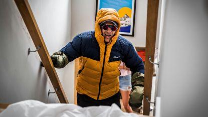 Deels verlamde ex-rugbyspeler 'beklimt' de Mount Everest... op de trap