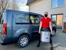 Kristel start met soepkar in Wondelgem en deelt 100 liter 'testsoep' uit aan rusthuizen