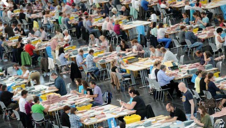 Stemmen tellen in München, Duitsland. Beeld epa
