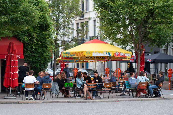 28 juli 2020: een terras in Antwerpen.
