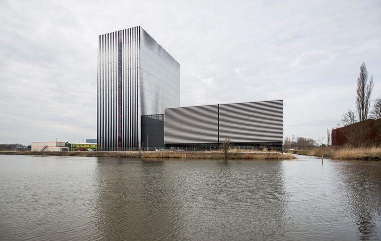 Datacenter van aanbieder Equinix in Amsterdam Science Park. Beeld Eva Plevier
