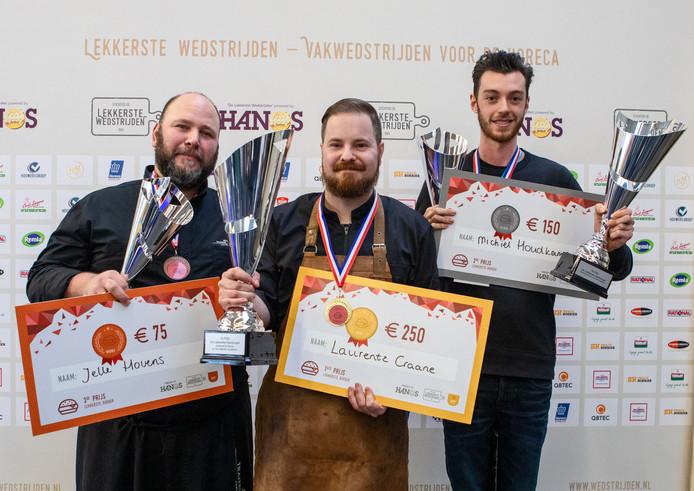 De top 3 van de beste hamburgersbakkers: Jelle Hovens, Laurentz Craane en Michiel Houdkamp.