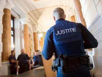 Bouwondernemer al drie weken in cel: door personeelsgebrek raakt hij niet tot bij rechter D'Hondt