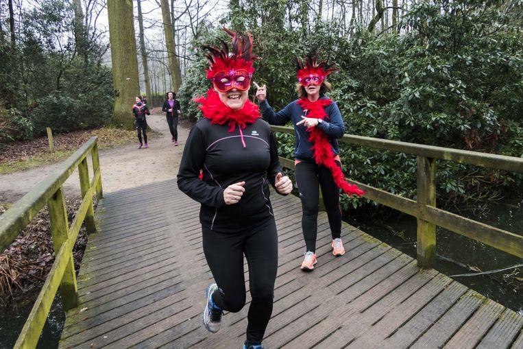 2017/02/12, Deurne, Belgium. Valentijnrun in het Rivierenhof. Park; bos; lopen; natuur; run; sport; valentijn 20170212120201 Benoit De Freine