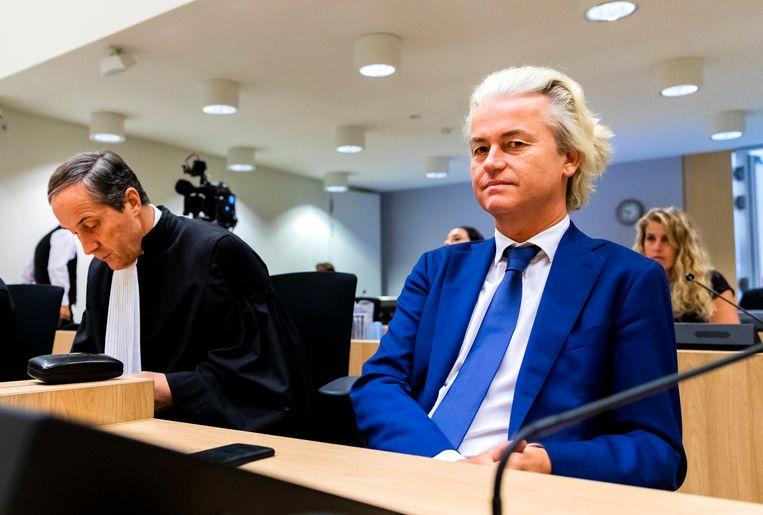 Advocaat Geert-Jan Knoops en PVV-leider Geert Wilders. Beeld ANP