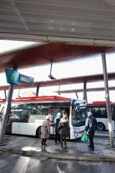 Nieuwe bussen vallen in de smaak: 'Ik word er vrolijk van'