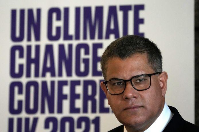 Le président de la Conférence des Nations Unies sur le changement climatique 2021, COP26, Alok Sharma, répond à un journaliste lors d'une conférence de presse au siège de l'UNESCO à Paris, mardi 12 octobre 2021.