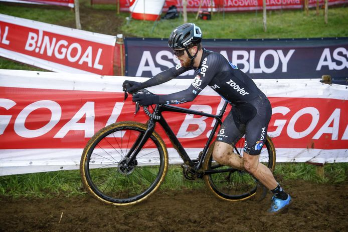 Joris Nieuwenhuis afgelopen zondag in actie tijdens de wereldbekerwedstrijd in het Belgische Overijse.
