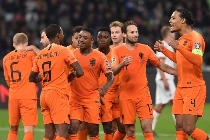 Oranje viert feest na de 0-1.