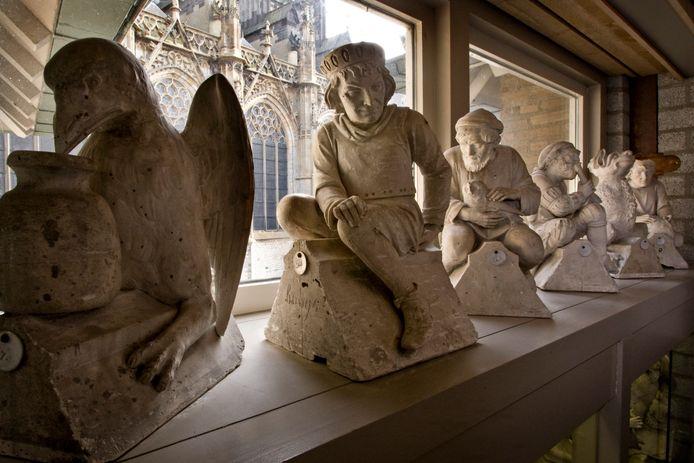 Ondermeer boogbeelden afkomstig van de SintJan zijn te zien in De Bouwloods.