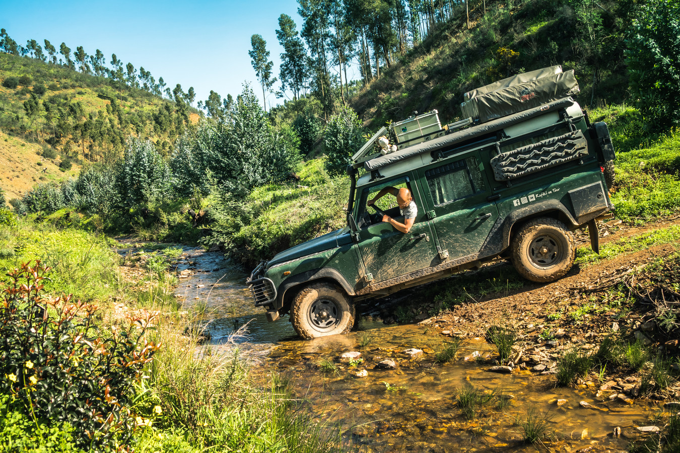 Off-road met de Land Rover.