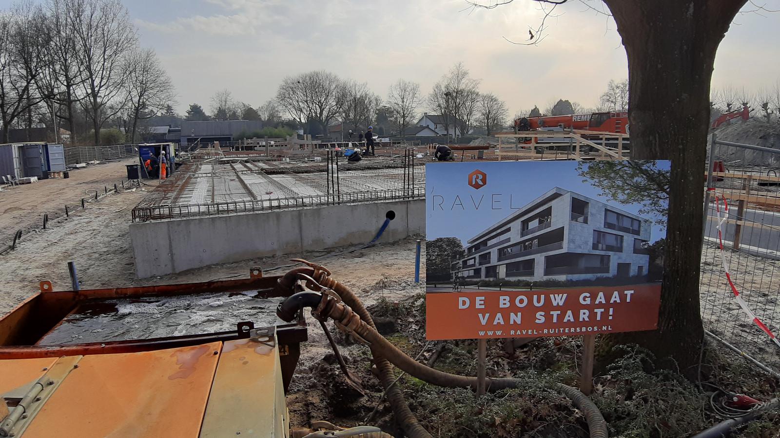 Nieuwbouw van de Ravel in wijk Ruitersbos in Breda is onderweg.