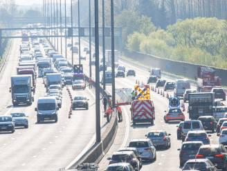 Motorrijder (27) uit Lede laat het leven bij ongeval op E40 in Dilbeek