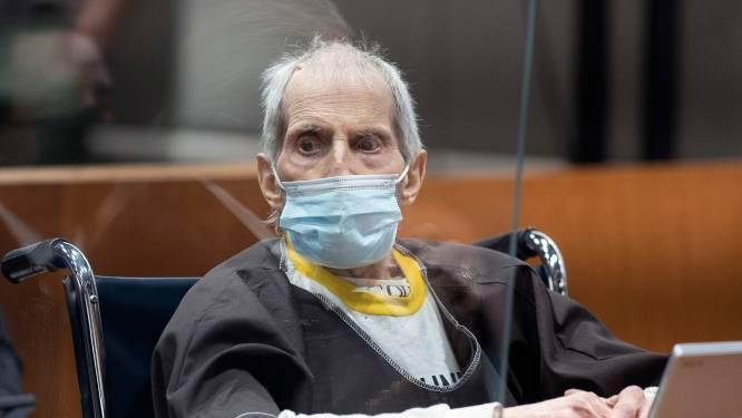 Onlangs tot levenslang veroordeelde miljonair Robert Durst aan beademing na coronabesmetting