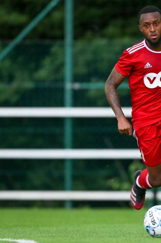 """'Vergeten middenvelder' Samuel Bastien moet weer een steunpilaar van Standard worden: """"Hij is niet meer bezig met randzaken"""""""