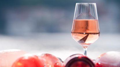 Olé rosé: waarom een simpel glaasje rosé de nieuwe zomerdrank is