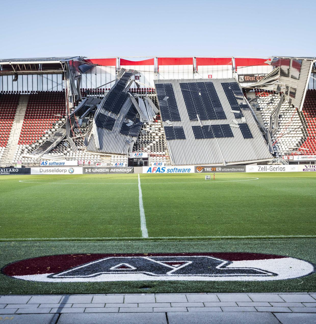 Nadat het dak van het AZ-stadion vorige week instortte, werd al snel gewezen naar constructeur Siem Romkes: 'Maar ik heb geen moment gedacht dat het aan mijn ontwerp lag. Ik wist dat mijn berekeningen klopten.'