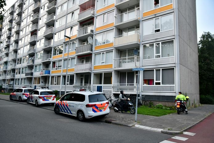 Na een woningoverval in Utrecht Overvecht zijn dinsdagavond de daders gevlucht.